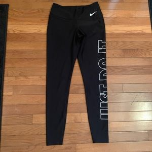 3 for $50❄️ Nike leggings